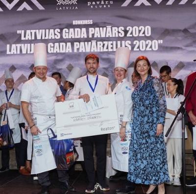 """Pasludināts """"Latvijas gada pavārs 2020"""" un pasniegta """"Reaton Zelta pavārnīca"""""""